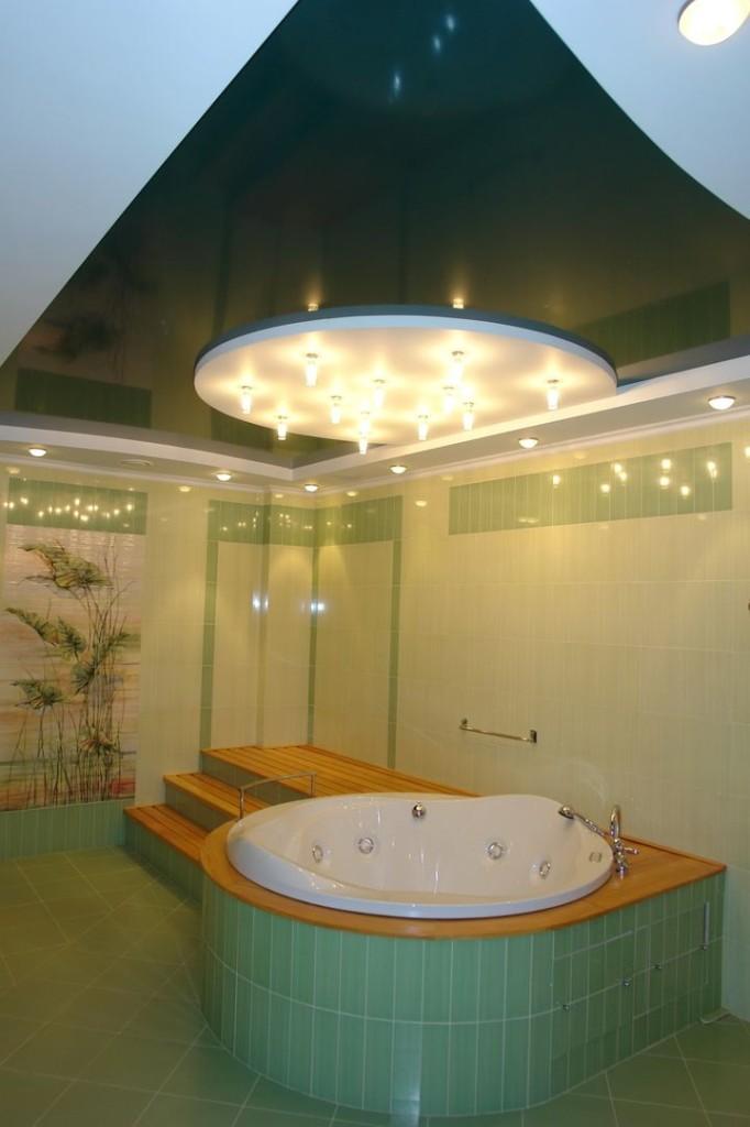 натяжные потолки в ванной 12
