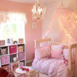 Фото 6: Детская комната для девочек в розовом