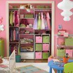 Фото 86: Оформление детской гардеробной в комнате для девочек