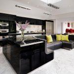 Фото 62: Кухня студия островная с диваном
