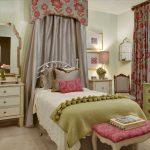 Фото 211: Кровать в детской в английском стиле