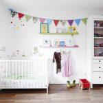 Фото 145: Обилие света в детской для новорождённых в скандинавском стиле