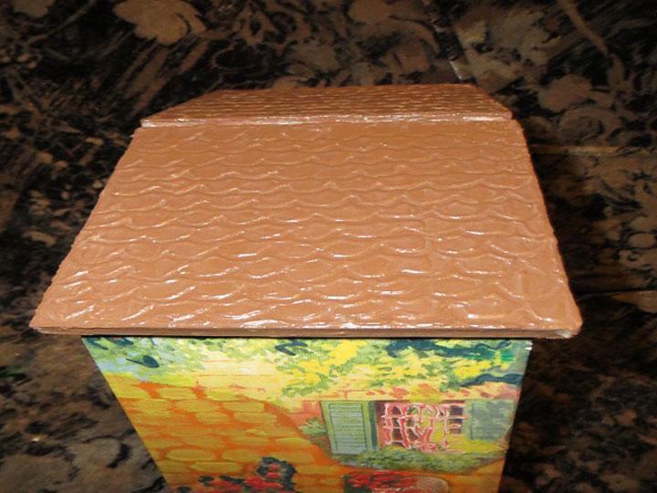 Крышу можно сделать коричневой
