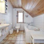 Фото 58: Ванная на мансарде