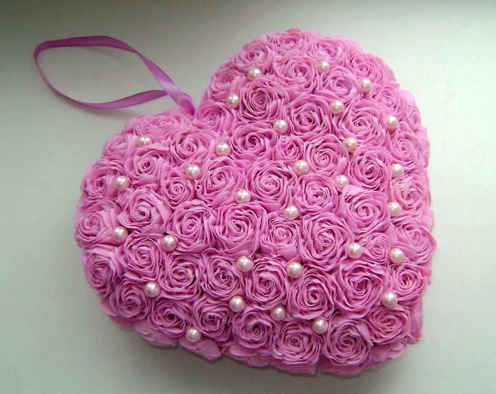 Сердце из цветов из бумаги своими руками