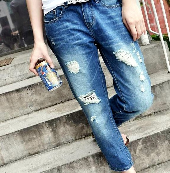 Торчат трусы из под джинсов картинки 23 фотография