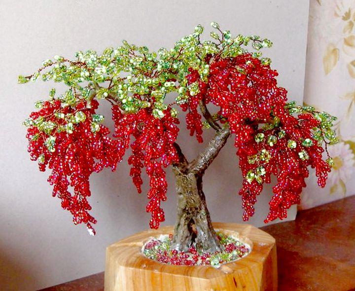 Роскошное дерево из бисера