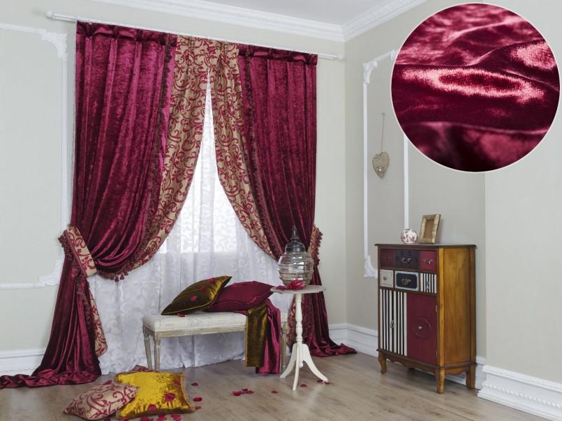 Бордовые бархатные шторы