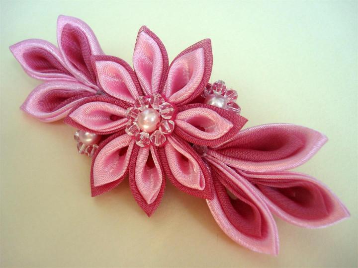 Цветок из цельной атласной ленты своими руками 128