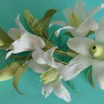 Фото 55: Лилии из гофрированной бумаги