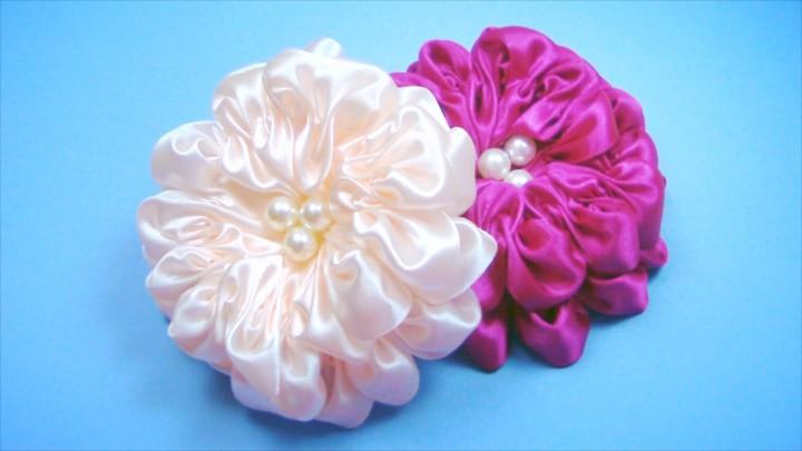 Изготовление цветов с атласных лент своими руками 72