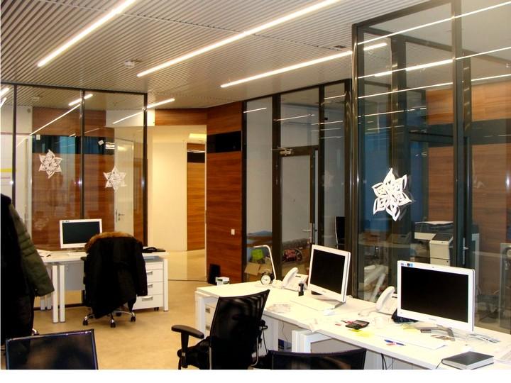 Офисные светодиодные светильники INI led