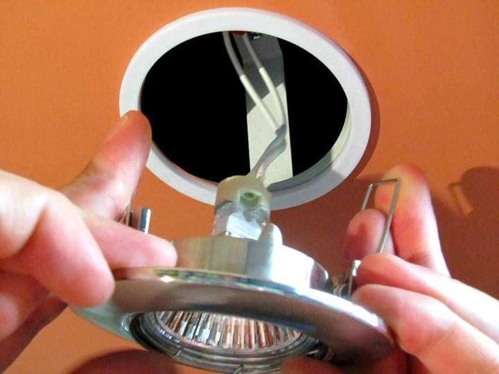 Точечные светильники установка