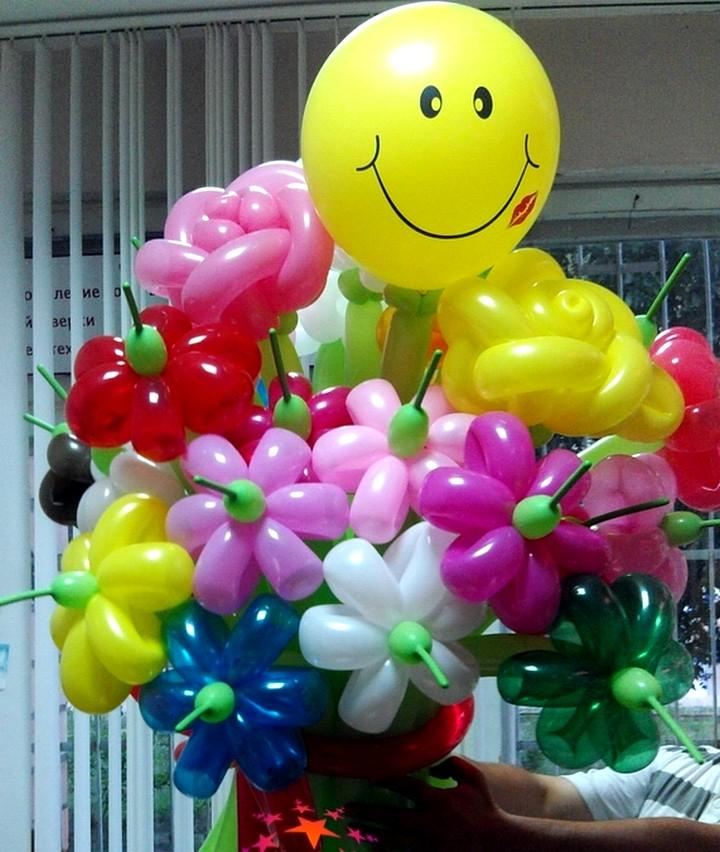 Букет из воздушных шаров.