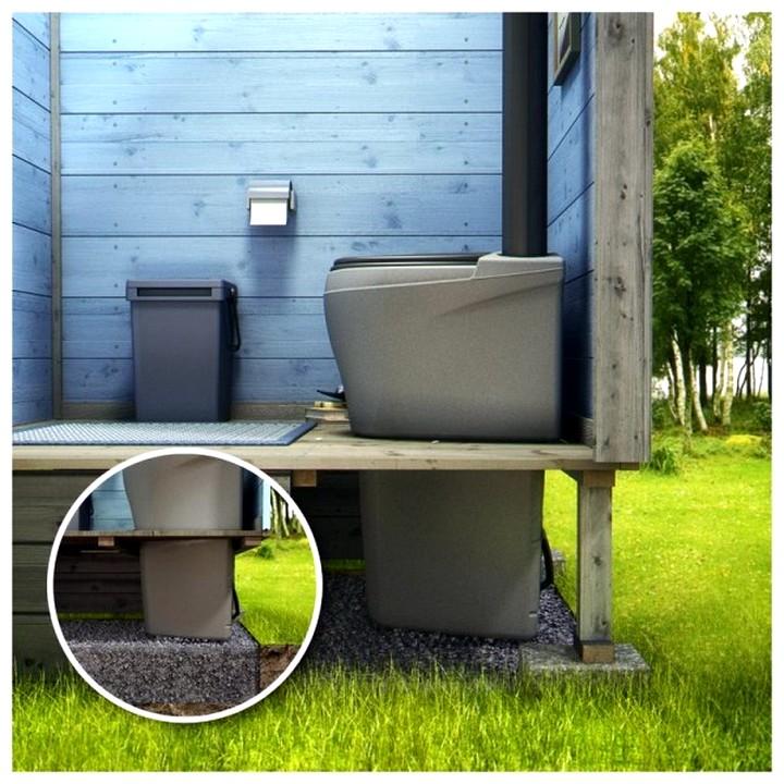 Как сделать садовый туалет