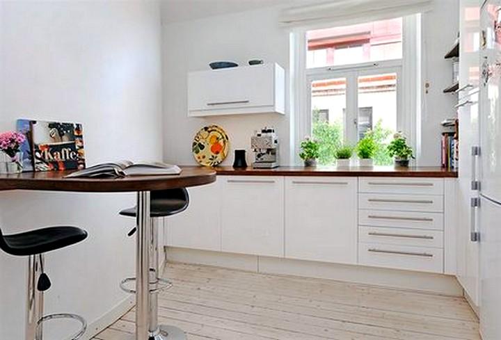 кухонный стол пристенный