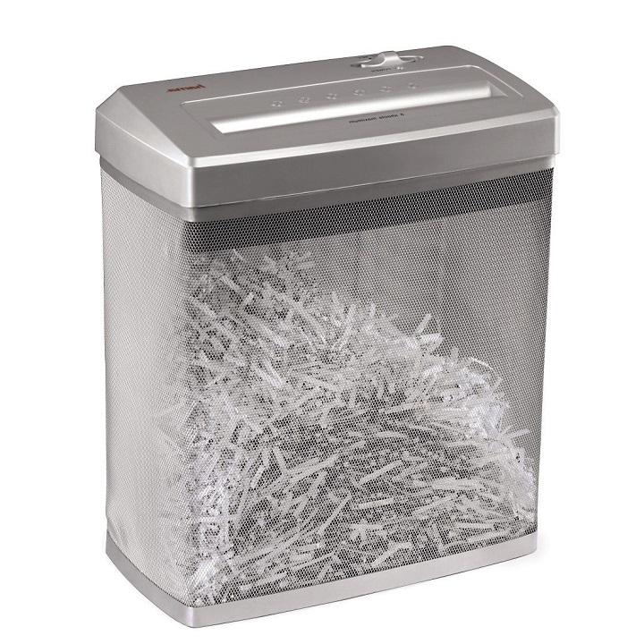 Измельчение бумаги уничтожителем документов для изготовления жидких обоев в домашних условиях