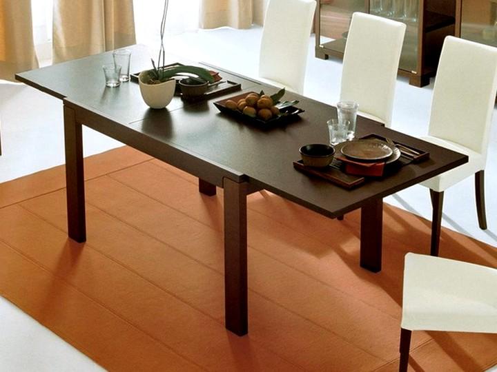 Царговый деревянный стол