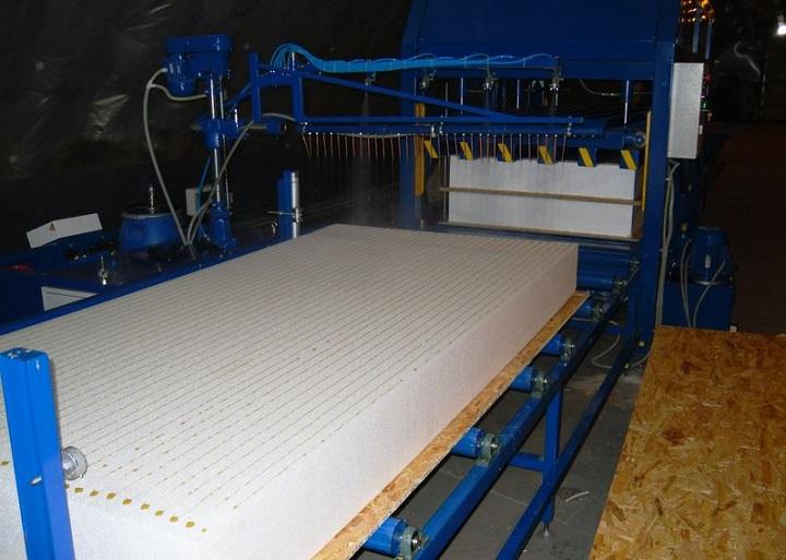 Изготовление СИП панелей из плит ОСБ и пенополистирола