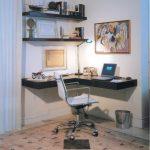 Фото 55: Угловой стол настенный
