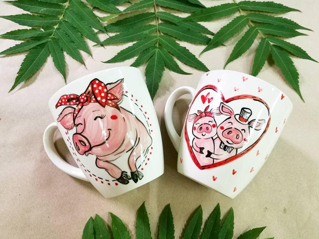 Кружки с изображением свинок