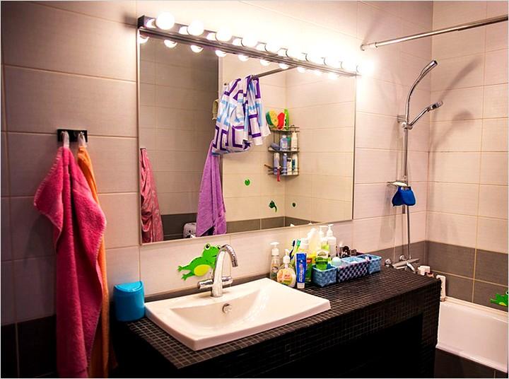 подсветка над зеркалом в ванной