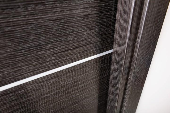 Шпонированные двери с имитацией дуба
