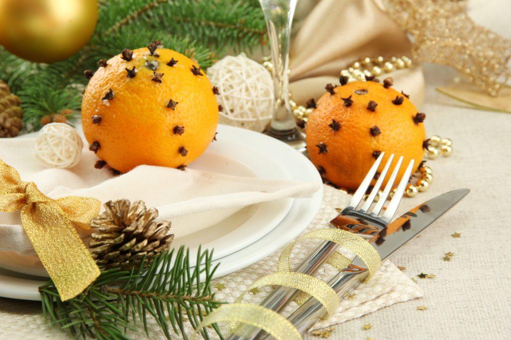 Апельсины на столе к Новому Году