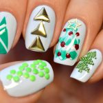 Фото 83: Аппликации елочки на ногтях