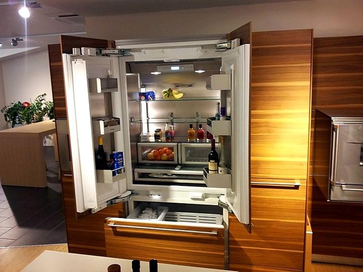 Встроенный холодильник с двумя камерами
