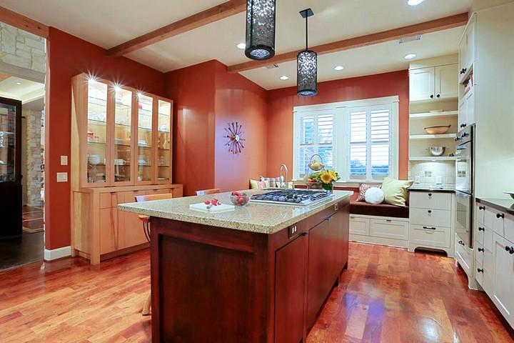 Терракотовый цвет в интерьере кухни