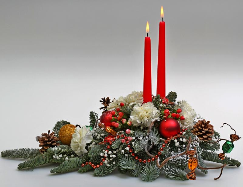 Рождественская икебана из хвои