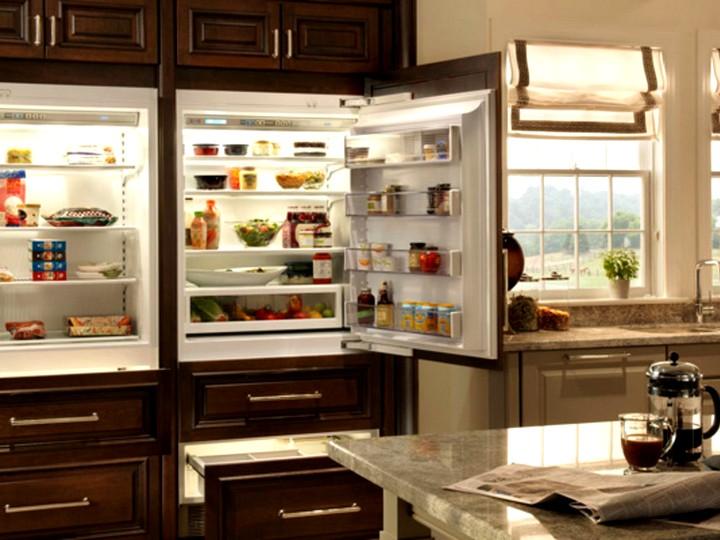 особенности встроенного холодильника
