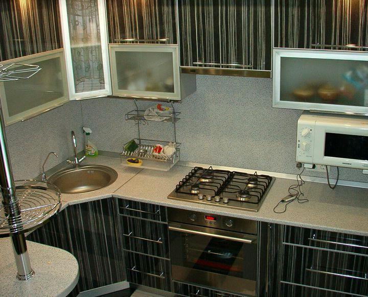 Дизайн Г-образной малогабаритной кухни