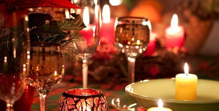 Свечи для создания уюта за столом