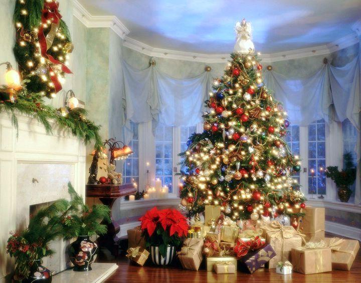 Наряд новогодней елки