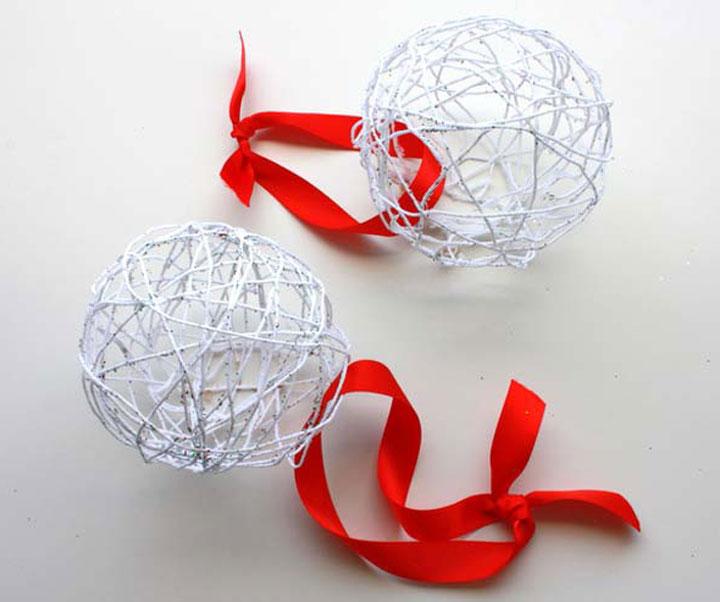 Накрахмаленные шарики из ниток