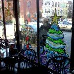 Фото 36: Новогодняя роспись окон кафе