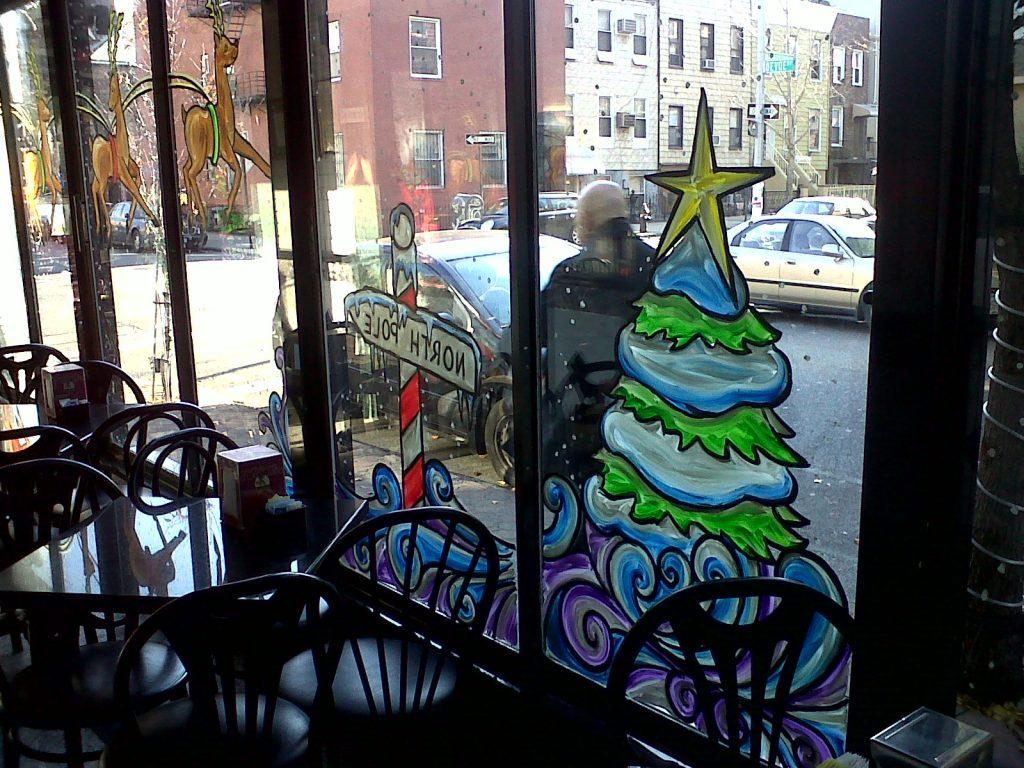 Новогодняя роспись окон кафе