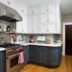 Фото 25: Вытяжка на кухне
