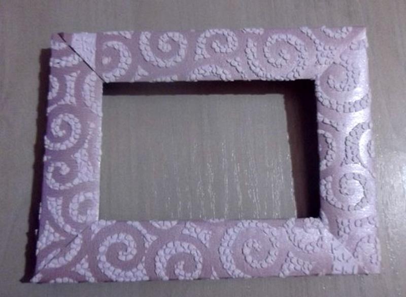 Украшение рамки фактурной бумагой
