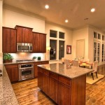 Дизайн потолка на кухне (12)