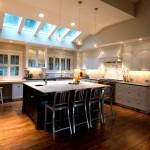 Дизайн-потолка-на-кухне-18