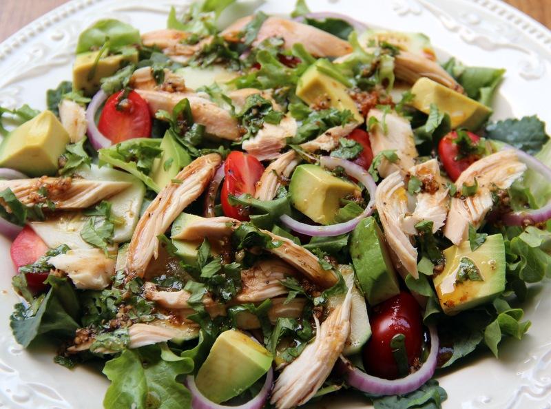 Салат с кинзой и курицей
