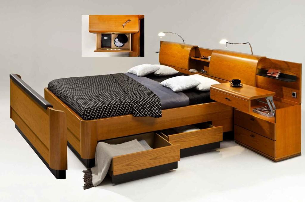 Двуспальная кровать с ящиками