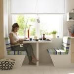 Фото 16: Стол для еды у окна