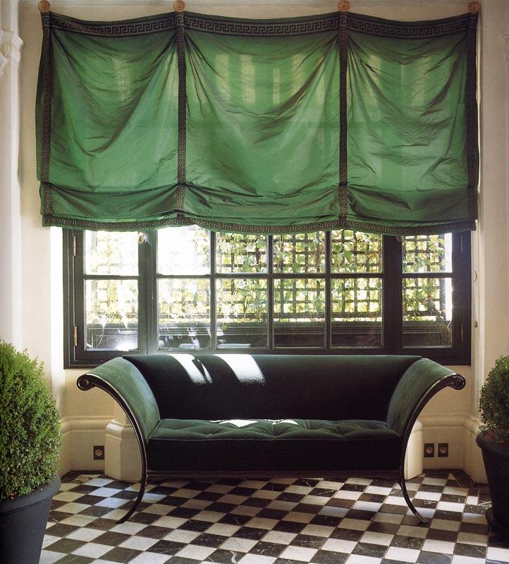 Изумрудные римские шторы