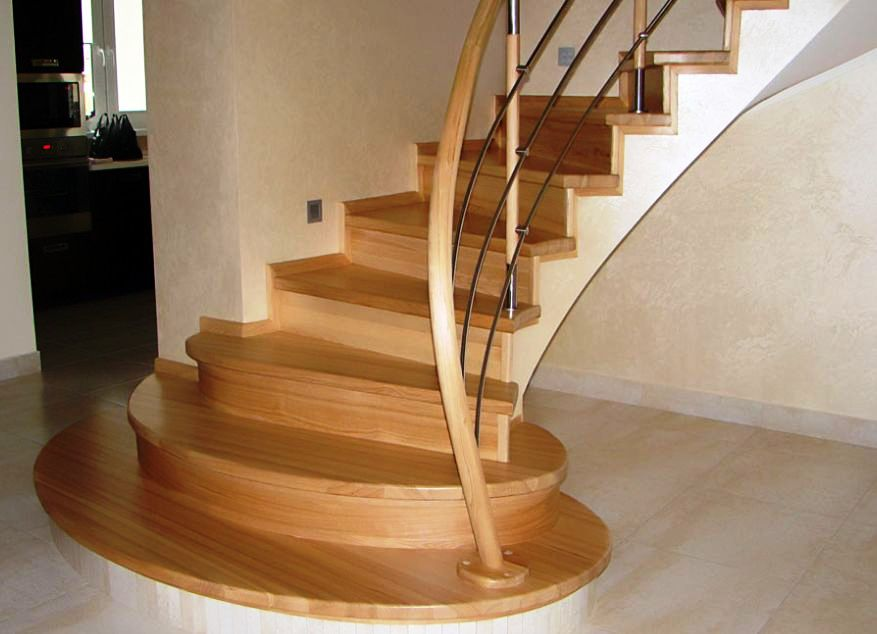 Лестница с изгибом