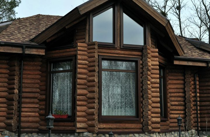Привлекательные окна из дерева