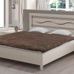Фото 6: Обычная двуспальная кровать